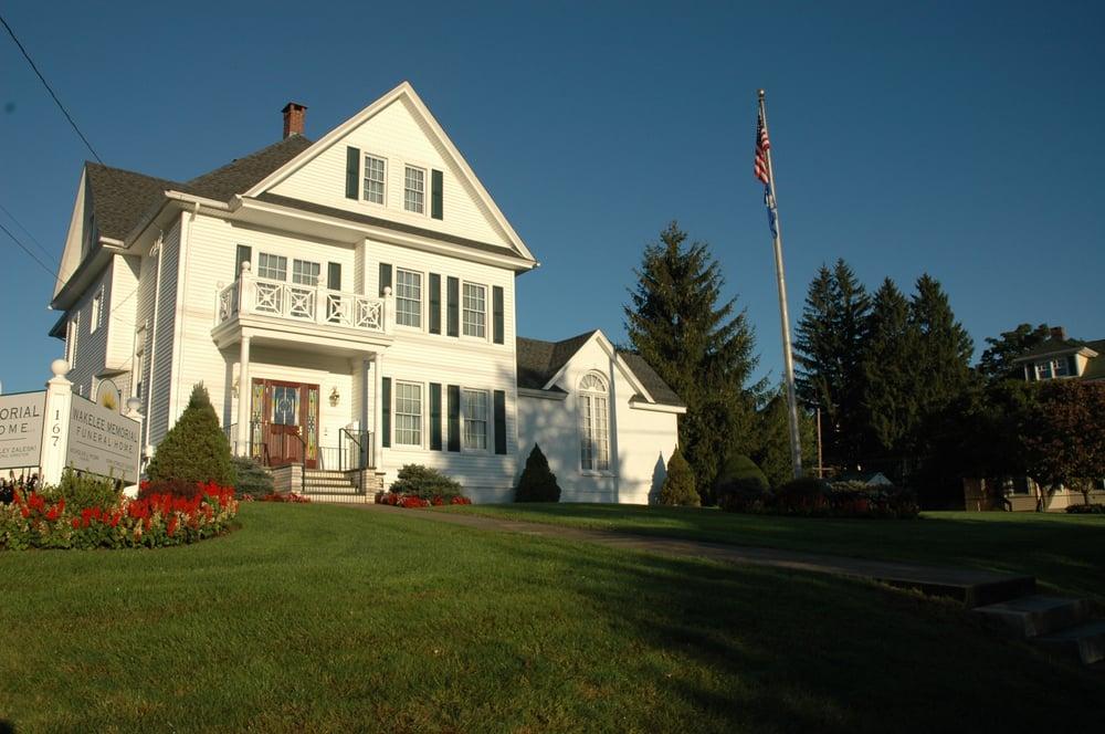 Wakelee Memorial Funeral Home: 167 Wakelee Ave, Ansonia, CT