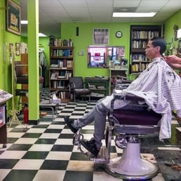 Barber Shop Near Me : Medinah Barber Shop - 17 Avis - Barbier - 3 E Huron St, Near North ...