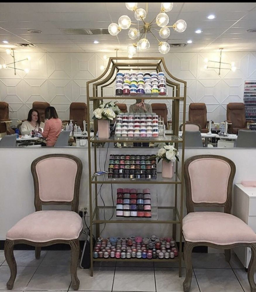 Fancy Nails: 2914 N College Ave, Fayetteville, AR