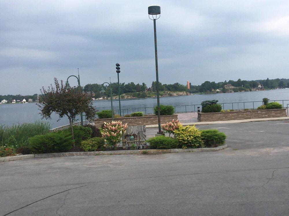 Edgewood Resort: Edgewood Rd, Alexandria Bay, NY