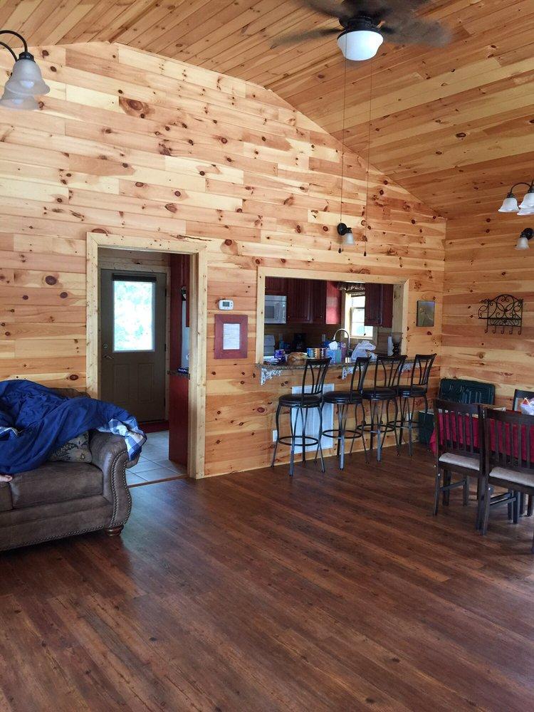 Grant Summit Cabins: 395 County Rd 159, Bryant, AL