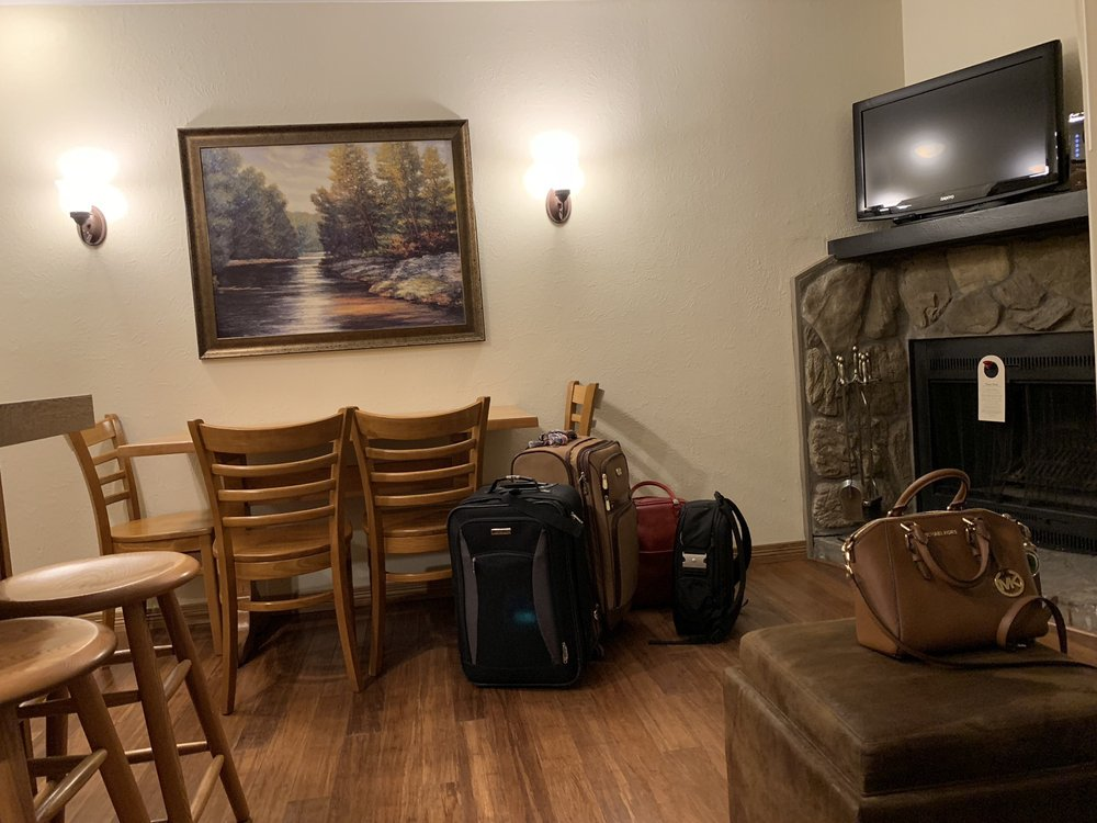 Christie Lodge - Slideshow Image 3
