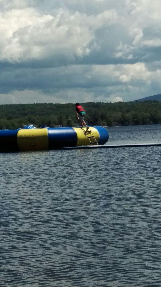 Anchorage at the Lake: 725 Laconia Rd, Tilton, NH