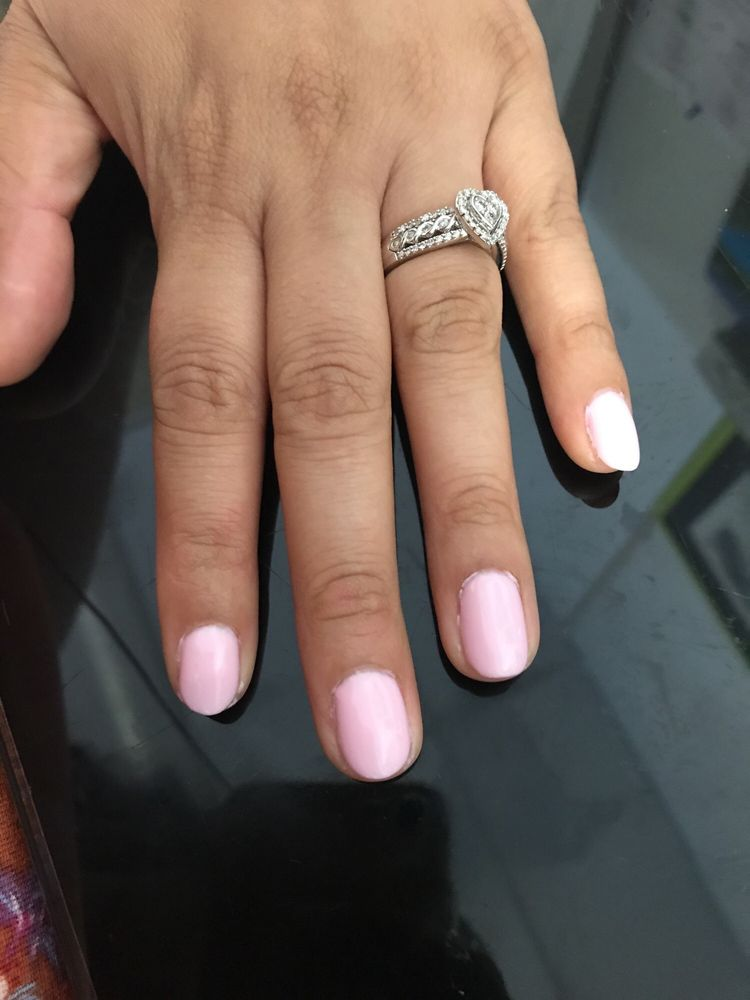 Pro Nails: 1544 State Hwy 99, Gridley, CA