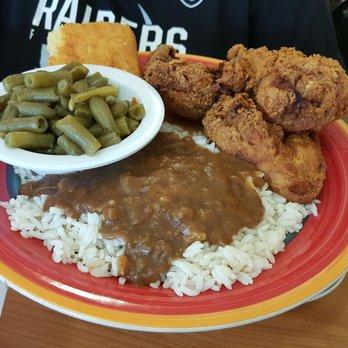 Auntie April S Chicken Waffles Soul Food Restaurant