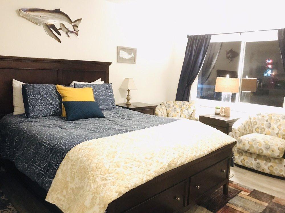 Whale Inn: 416 US-101, Depoe Bay, OR
