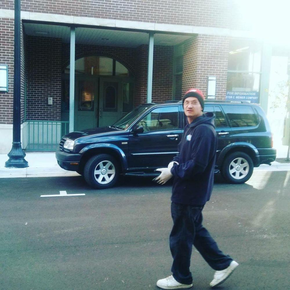 Bluesmovers & Delivery: 170 Upton Ave, Battle Creek, MI