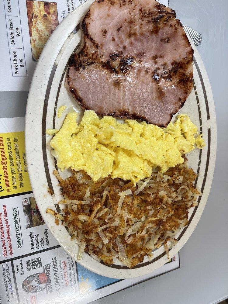 Eagle Lake Family Diner: 185 S 5th St, Eagle Lake, FL