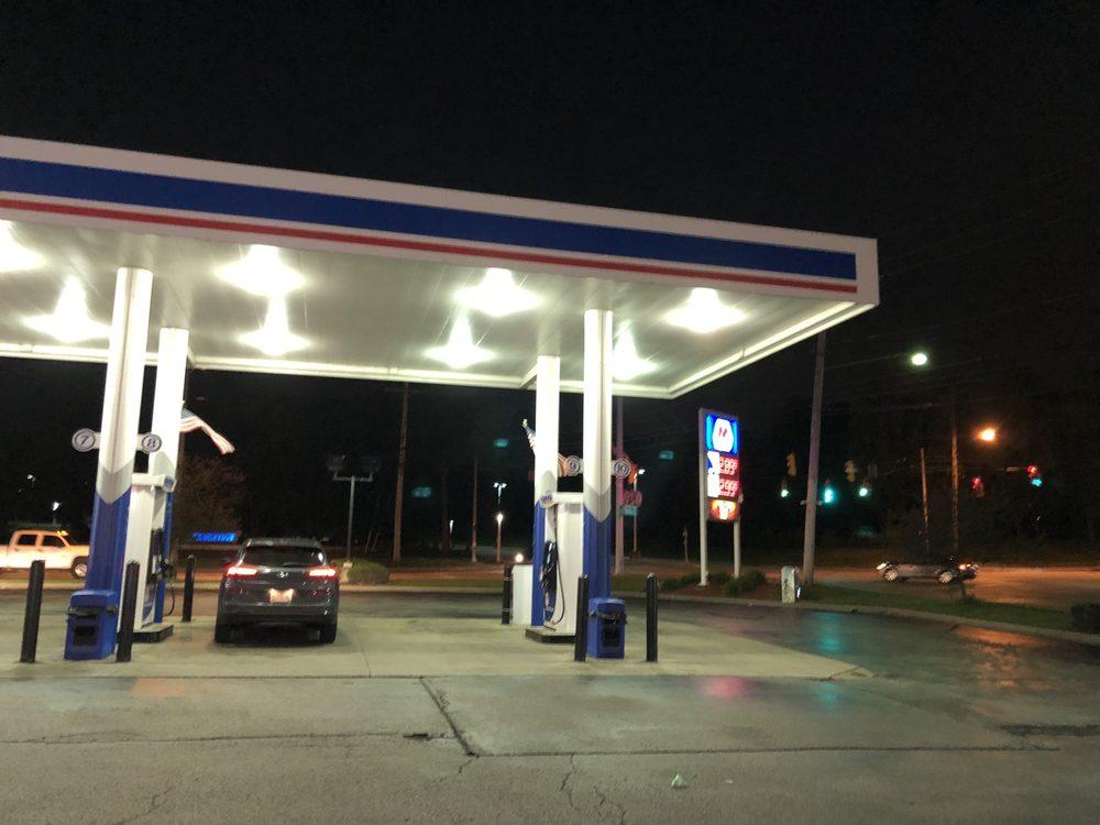 Marathon Gas - Wilson Mills Marathon: 6295 Wilson Mills Rd, Highland Heights, OH