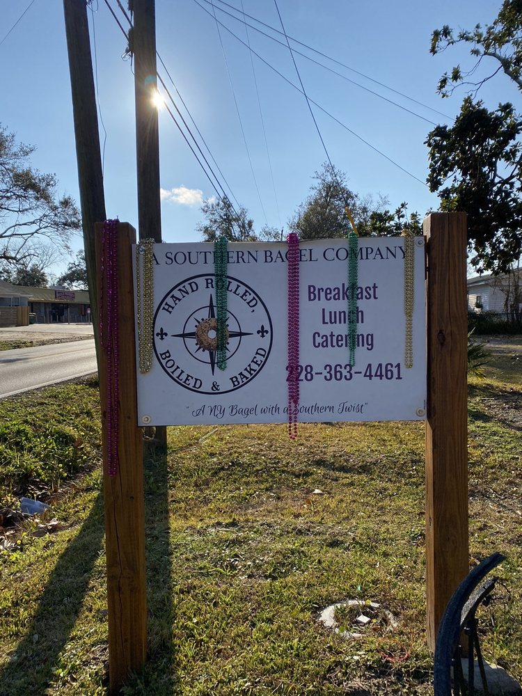 A Southern Bagel Company: 19019 Pineville Rd, Long Beach, MS