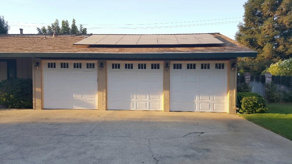 10x79 Short Panel White With Stockbridge Glass Design Doorlink