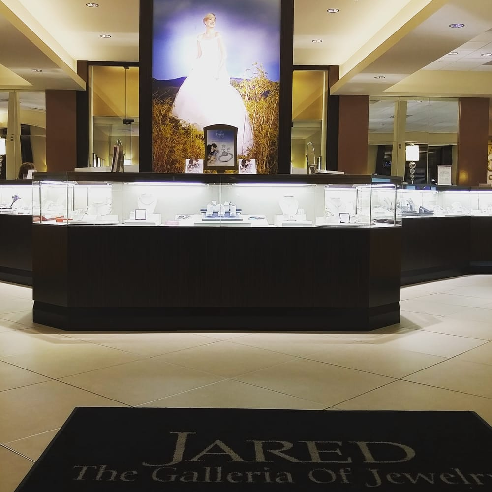 Jared the galleria of jewelry yelp for Jared s jewelry shop