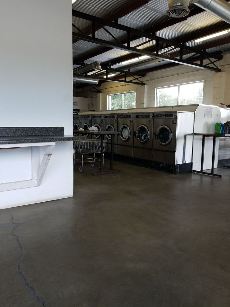 City Laundry & Cleaners: 1065 Highway 1 S, Lugoff, SC