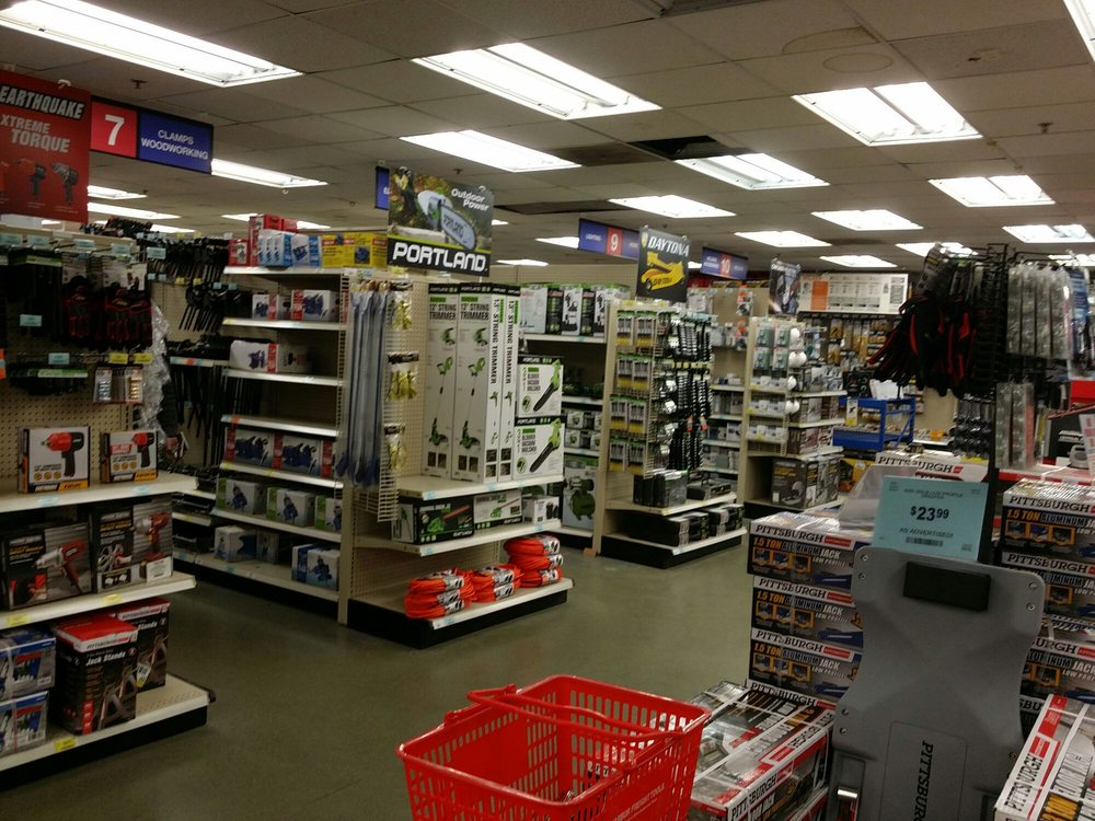 This is Harbor Freight Tool Company's best phone number, the real-time current wait on hold and tools for skipping right through those phone lines to get right to a Harbor Freight Tool Company agent. This phone number is Harbor Freight Tool Company's Best Phone Number because 2, customers like you used this contact information over the last 18 months and gave us feedback.