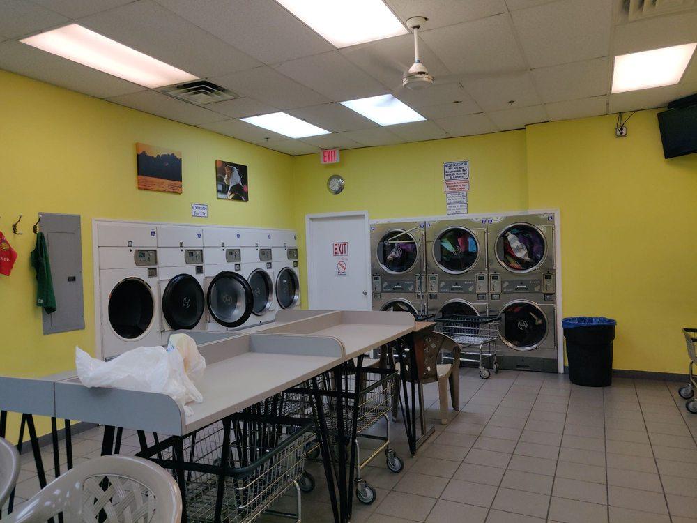Lakeside Launderette & Cleaners: 175 Lakeside Blvd, Landing, NJ