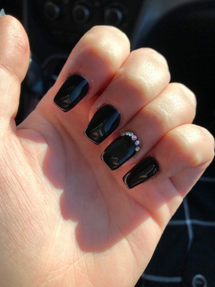 Royal Nails and Spa: 109 S 17th, Wausau, WI