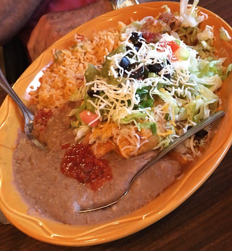 Cinco De Mayo Mexican Restaurant: 51470 Hwy 97, La Pine, OR