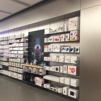 apple store 83 photos 306 reviews mobile phones 6671 las vegas blvd southeast las. Black Bedroom Furniture Sets. Home Design Ideas