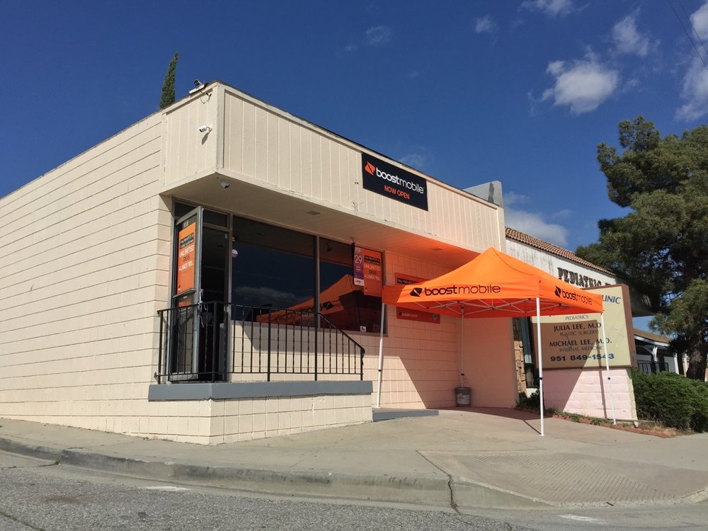 Boost Mobile: 4097 W Ramsey Ave, Banning, CA