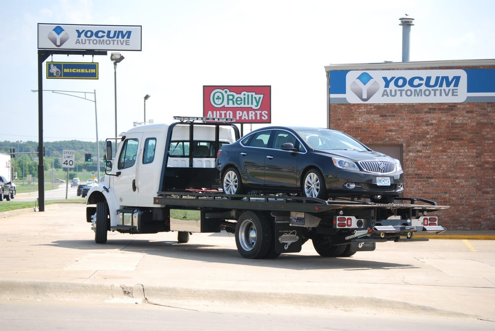 Yocum Automotive: 906 US Hwy 60 E, Republic, MO