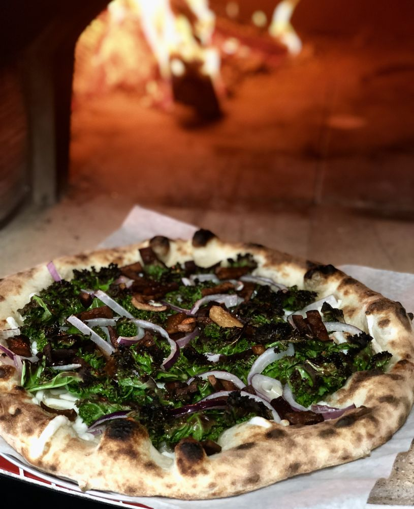 Baby Blue Woodfired Pizza: 3207 SE Hawthorne Blvd, Portland, OR