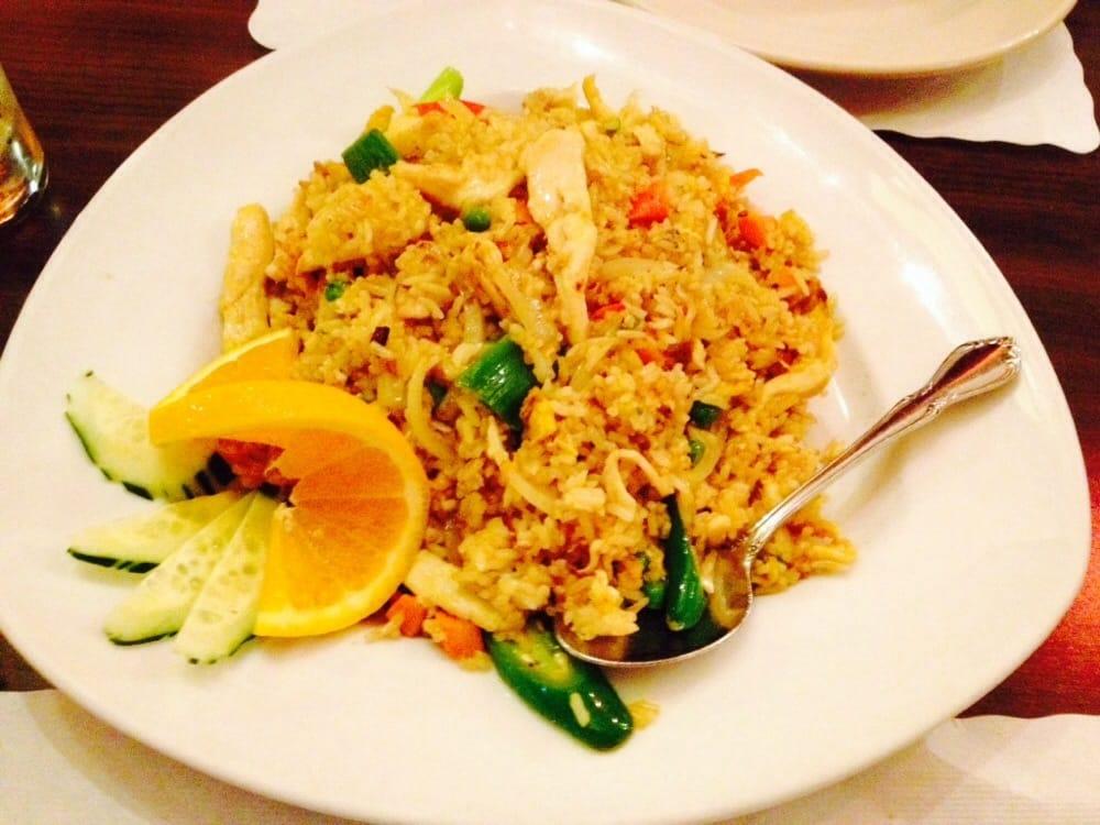 Ar roi restaurant closed 46 photos 146 reviews for Ar roi thai cuisine