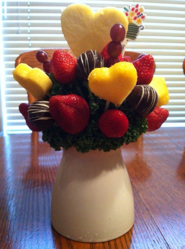 Edible Arrangements: 1714 Naamans Rd, Wilmington, DE