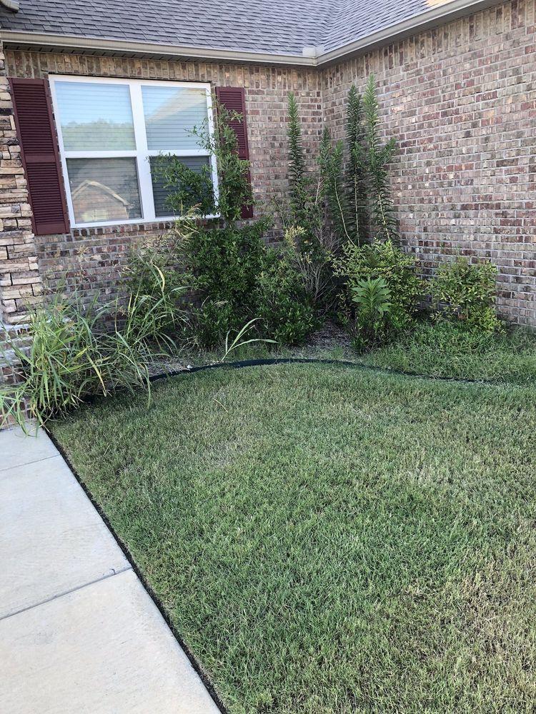 Julio's Lawn Care: Scott, AR