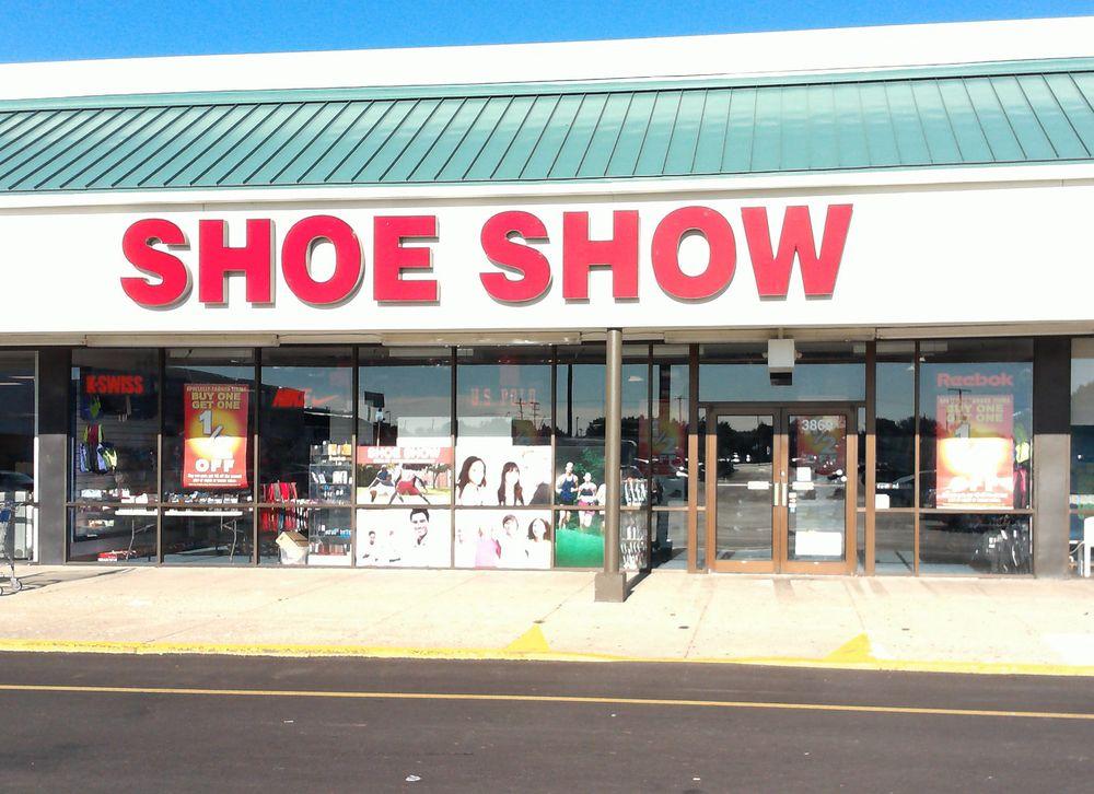 Shoe Show Mega Store: 3861 S High St, Columbus, OH
