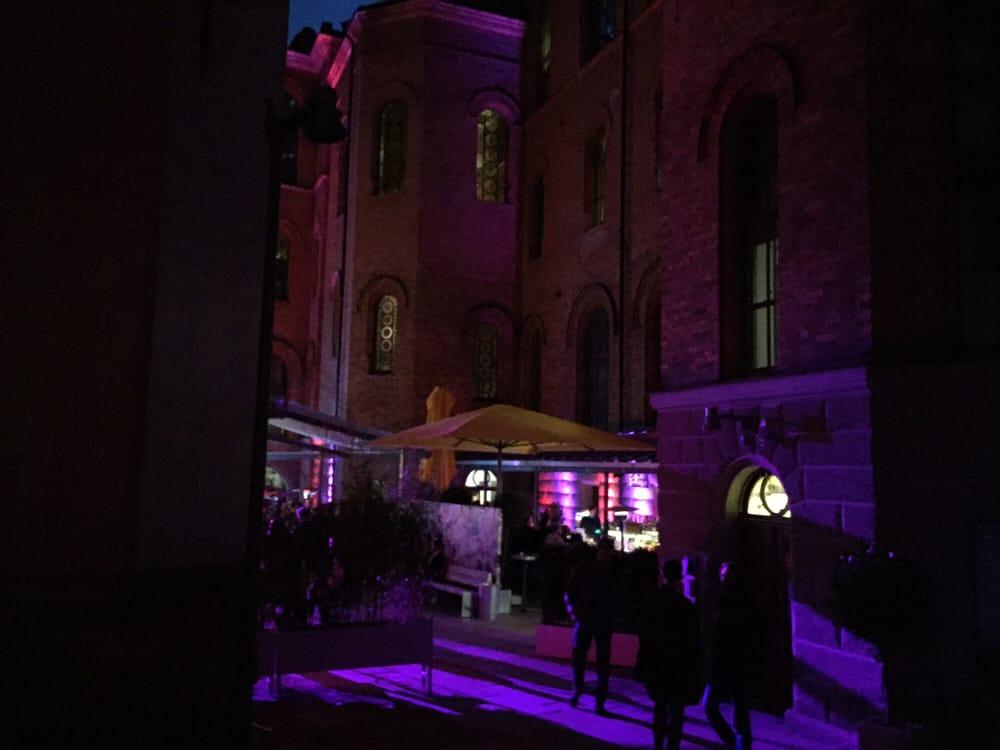 profiler affär dansa nära Stockholm