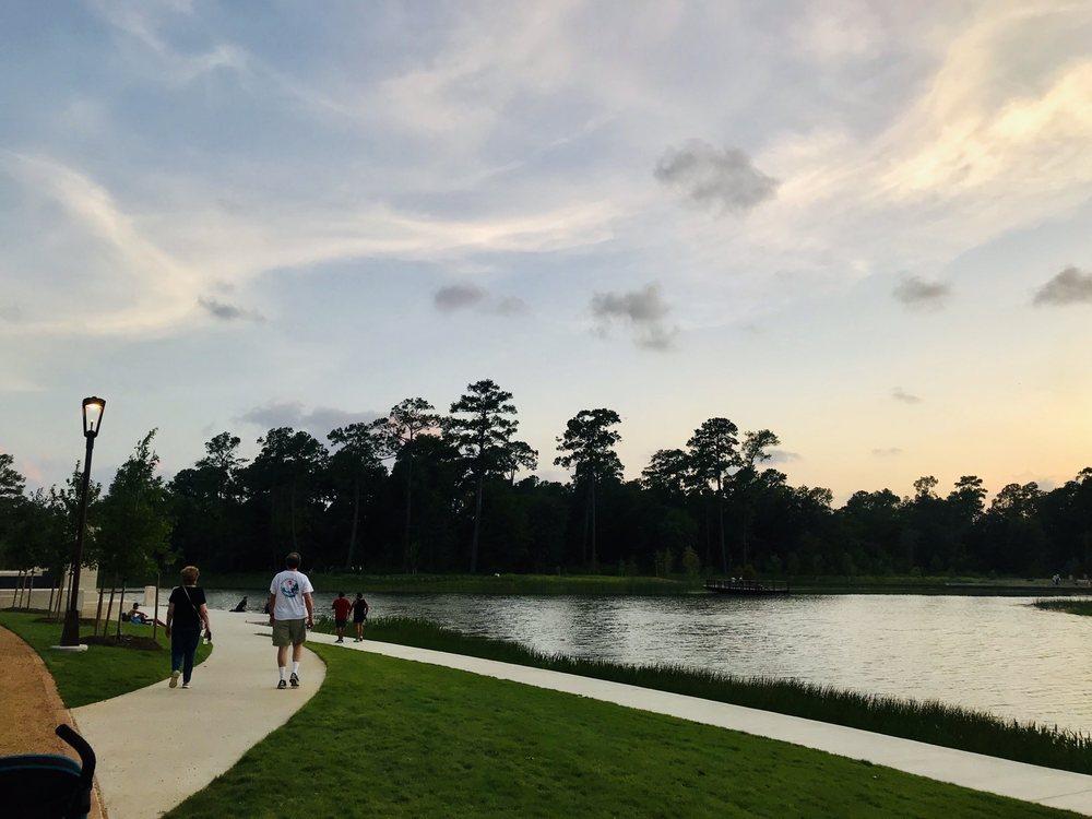 Eastern Glades: Memorial Dr, Houston, TX