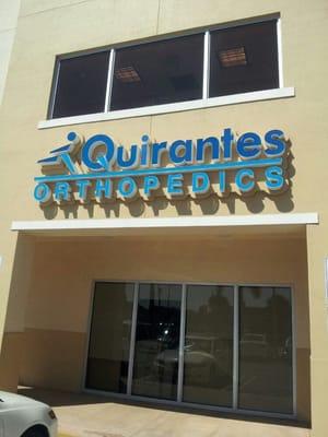 M Quirantes Orthopedics