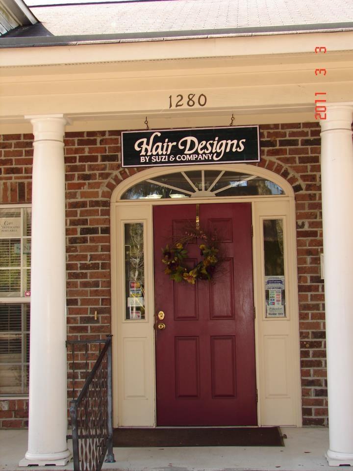 Hair Designs by Suzi & Co: 1280 Ribaut Rd, Beaufort, SC