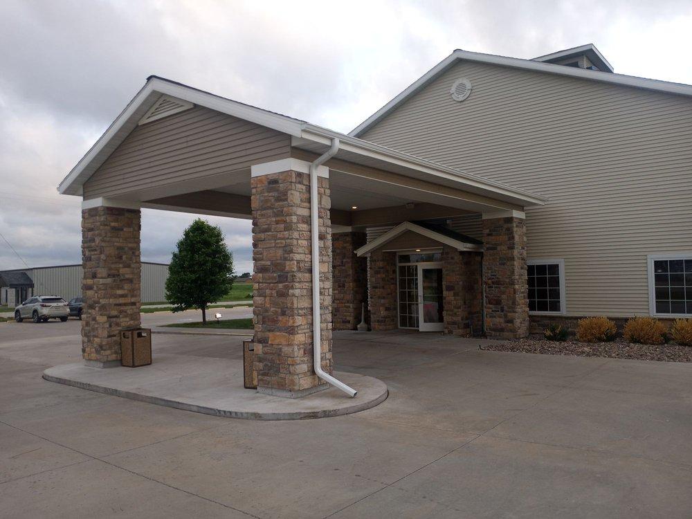 Castle Rock Inn & Suites: 1095 Castle Rock St, Quinter, KS