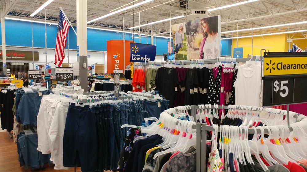 Walmart Supercenter: 5501 S Olive St, Pine Bluff, AR