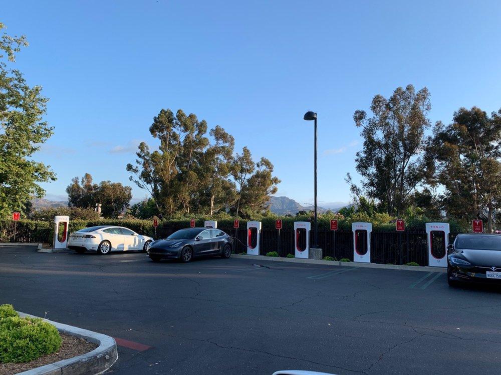 Tesla Supercharger: 4000 East Thousand Oaks Boulevard, Thousand Oaks, CA