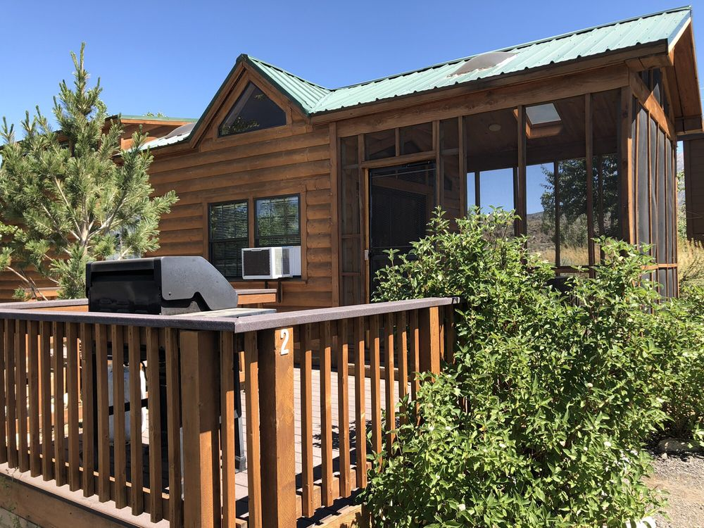 Crowley Lake Fish Camp: 1149 S Landing Rd, Mammoth Lakes, CA