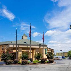 Photo Of Quality Inn Clinton Tn United States