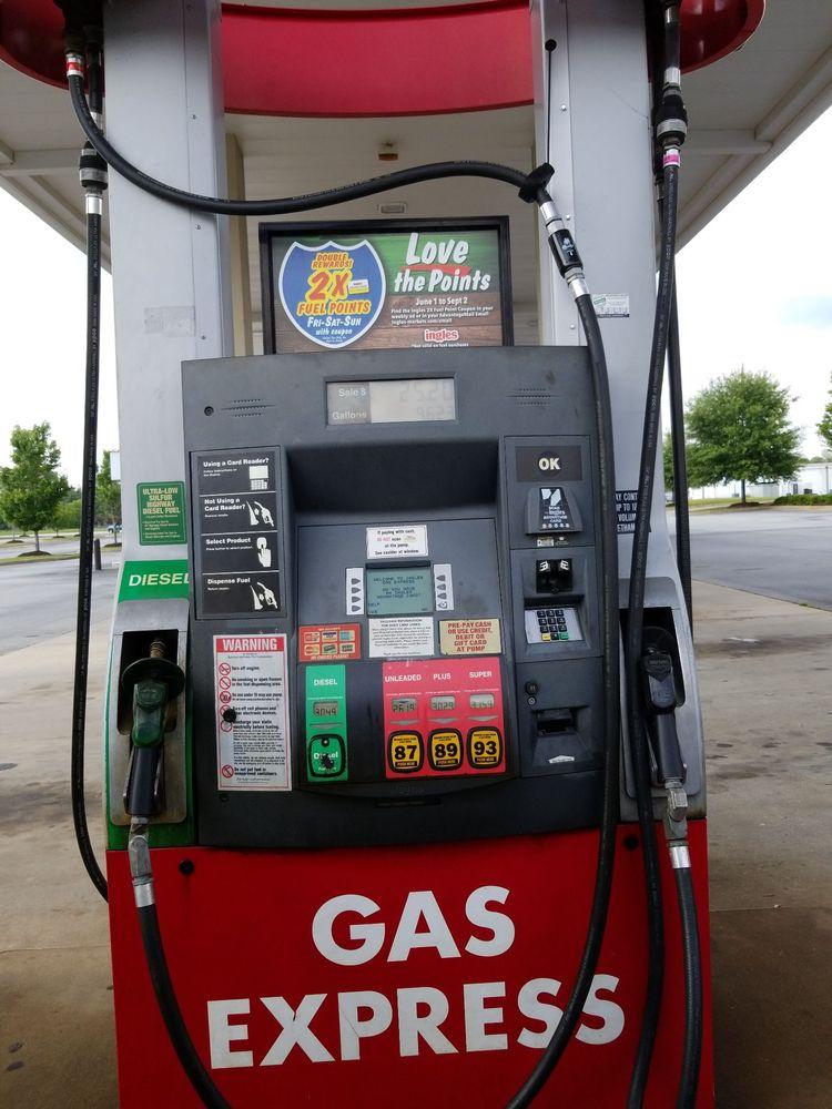Ingles Market: 631 Highway 341 S, Barnesville, GA