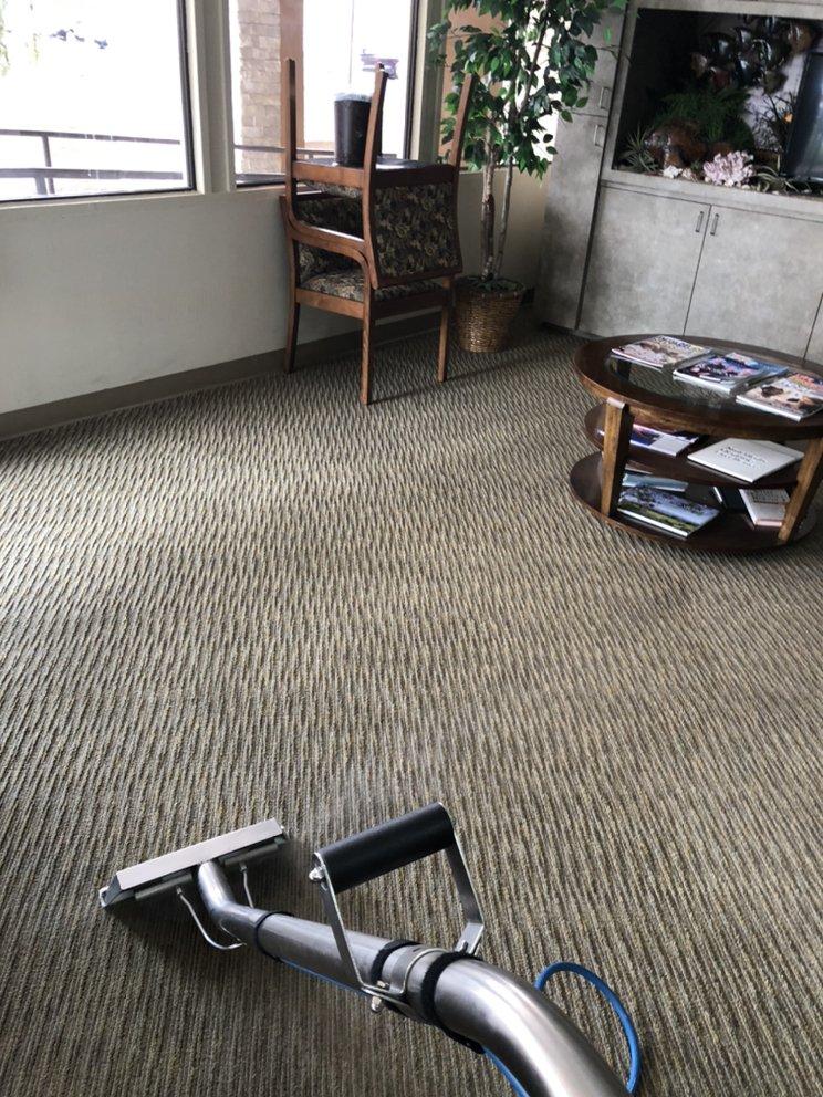 فرش سبز حرفه ای تمیز