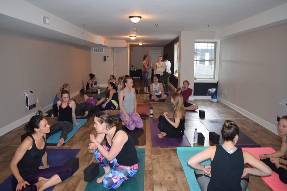 Grace & Glory Yoga Fishtown