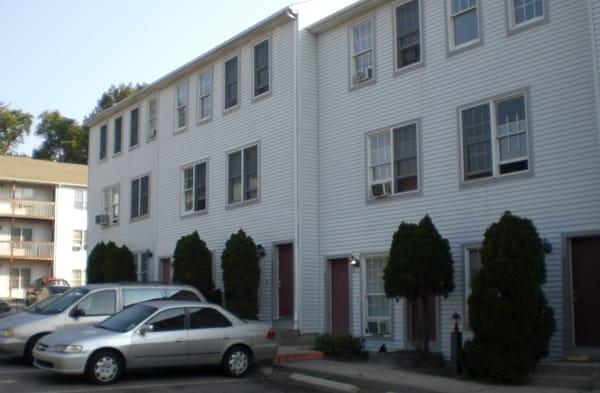 Oak Knoll Apartment Homes Apartments 554 Connecticut Ave