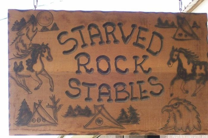 Starved Rock Riding Stables: Highway 71, Oglesby, IL