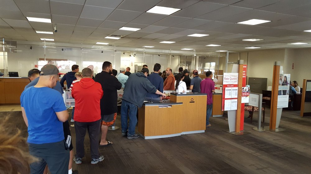 Bank of America: 2617 Mitchell Rd, Ceres, CA