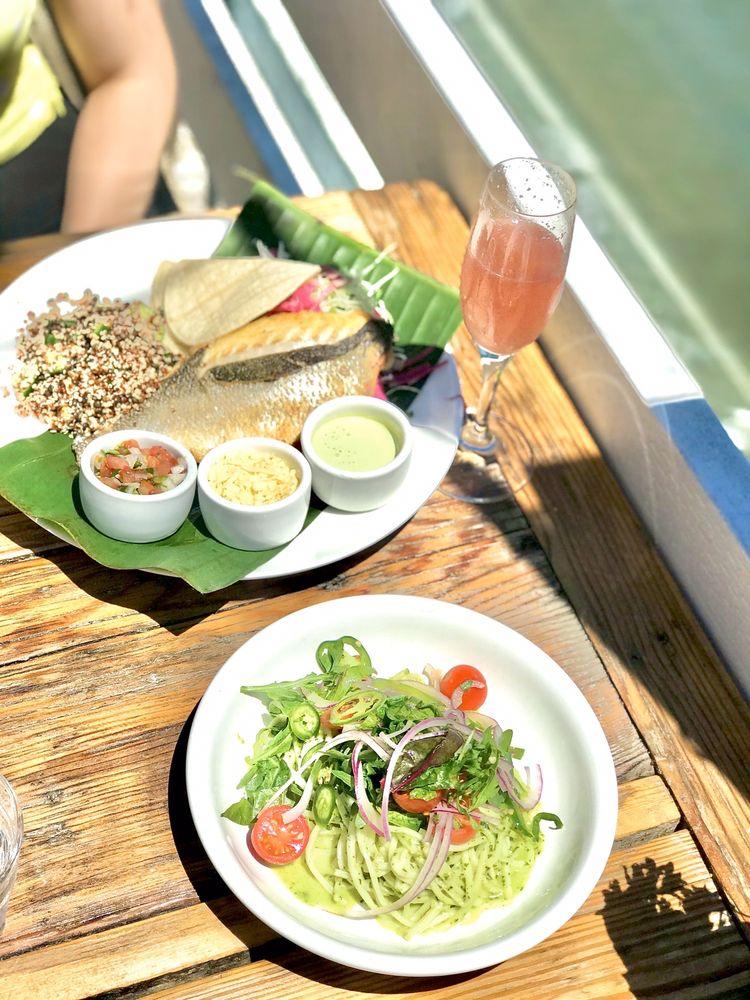 Food from Malibu Farm Pier Cafe