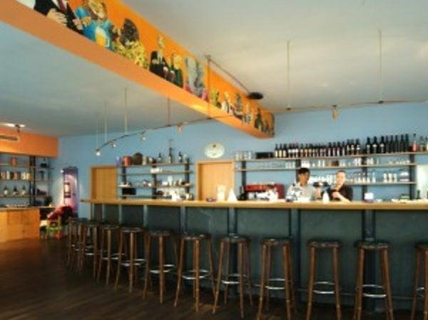 restaurant das blaue haus spezialit tenrestaurant in. Black Bedroom Furniture Sets. Home Design Ideas