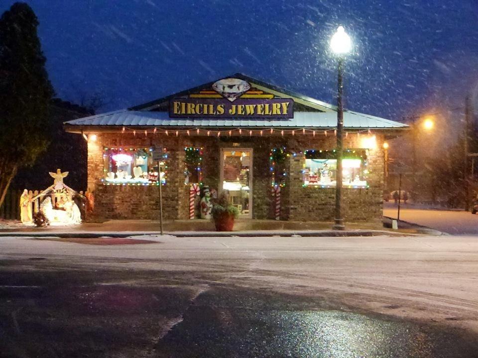 Eircil's Jewelry Store