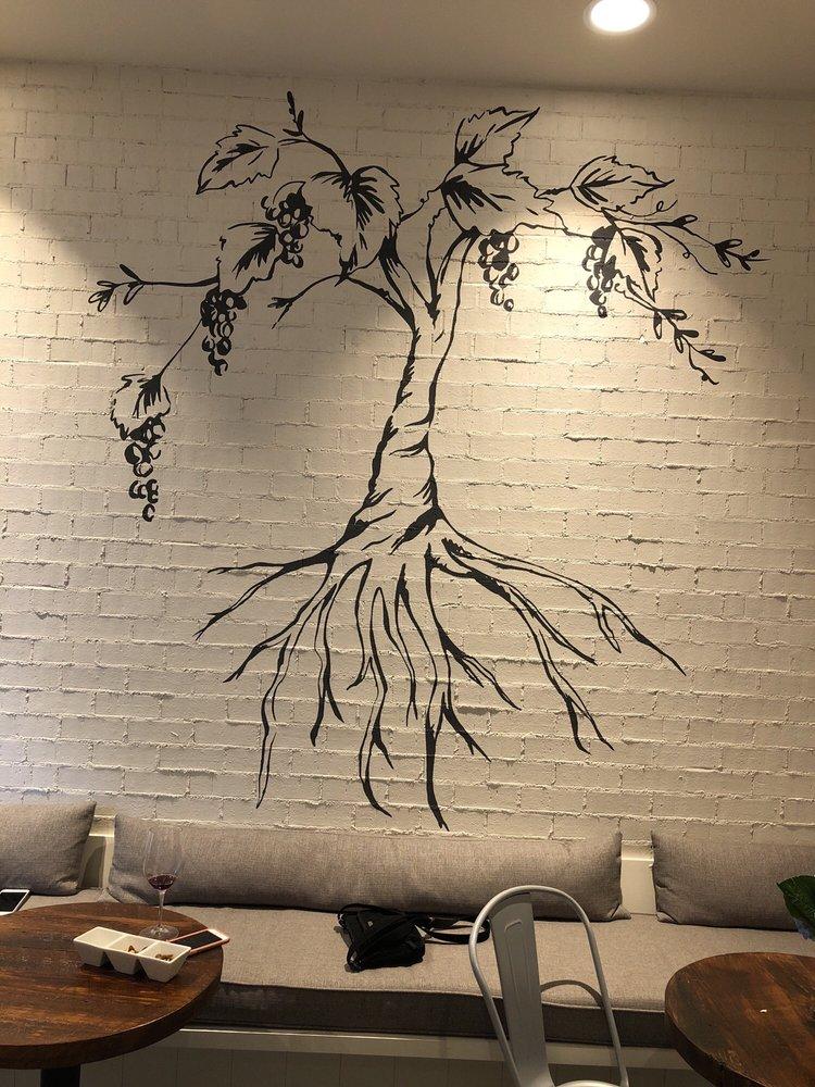 Deep Roots Wine Market & Tasting Room