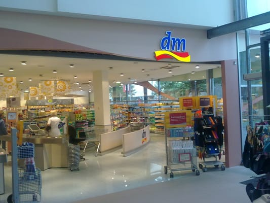 dm drogerie markt drugstores pl ddemanngasse 70 72. Black Bedroom Furniture Sets. Home Design Ideas