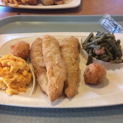Captain d s order food online seafood 514 16th st s for Captain d s country style fish